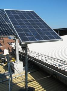 Panouri fotovoltaice solare pe tracker