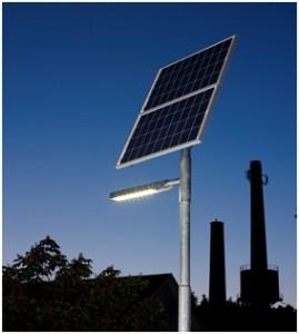 Stâlpi fotovoltaici de iluminat pentru uz industrial