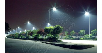 Stâlp solar galvanizat cu lampă LED pentru iluminat