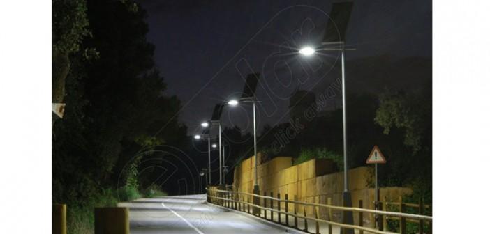 Stâlpi solari fotovoltaici de iluminat cu LED-uri PV-4M preț
