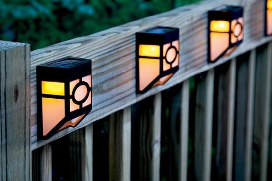 Curte iluminată cu energie solară