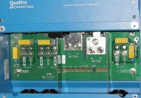 Sistem back-up trifazat 10KW cu baterii solare 5
