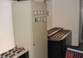 Sistem back-up trifazat 10KW cu baterii solare 7