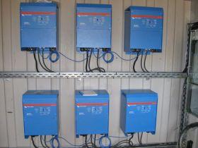 Sistem back-up trifazat 10KW cu baterii solare 2