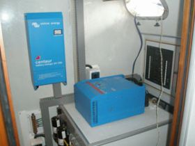 Sisteme UPS de back-up trifazate 8KW 7