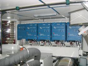 Sisteme back-up trifazate 10000W cu acumulatori 2