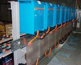 Sistem back-up trifazat 10KW cu baterii solare 3