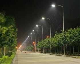 Stalpi stradali de iluminat cu LED-uri LED-7M