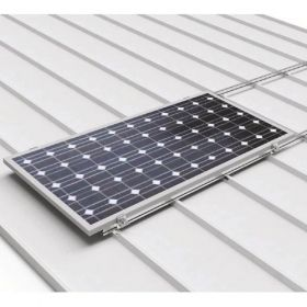 Structura robusta din aluminiu pentru prinderea unui panou fotovoltaic dispus pe orizontala cu sistem de prindere pe acoperisurile din tabla cutata pret ieftin