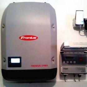 Invertor fotovoltaic trifazic Symo 17.5-3-M Fronius cu doua trackere independente