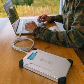 Baterii solare USB portabile V88 PD pentru orice laptop, MacBook si Surface pret ieftin 6