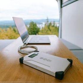 Kit fotovoltaic pentru calatorie cu incarcare solara Arc 20W pentru laptop, DSLR-uri si smartphone-uri pret ieftin 6