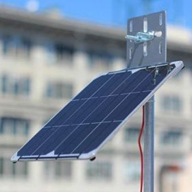 Kit incarcator solar fotovoltaic 9W rezistent si usor cu baterie solara V50 12,800mAh pret ieftin 4