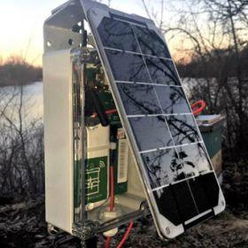 Kit panou fotovoltaic si baterie compact cu panou solar de 3.5W si baterie USB V15 4,000mAh pret ieftin 4